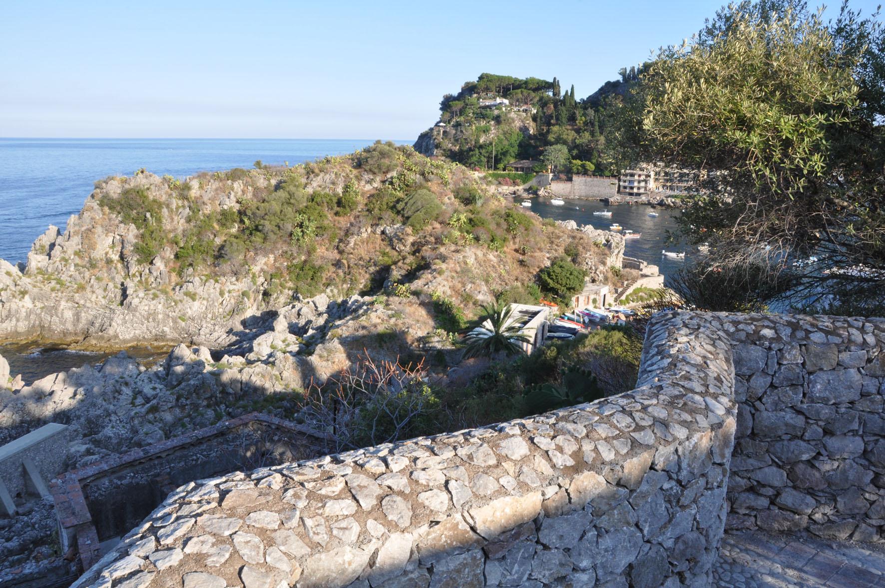 Le Rocce Capo Mazzarò Taormina