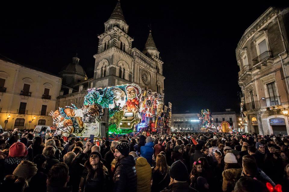 CarnevaleAcireale per M'illumino_di_meno (4)_ph Carmelo Tempio