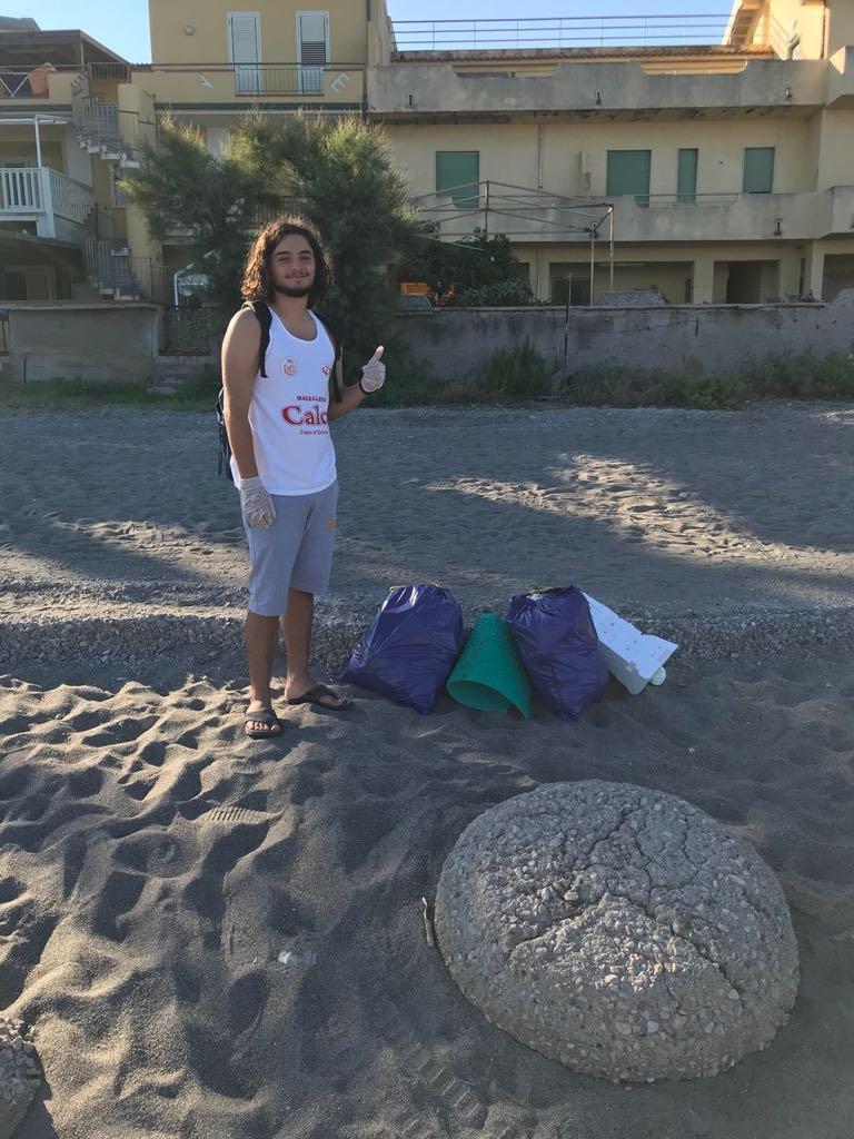 pulizia spiaggia2