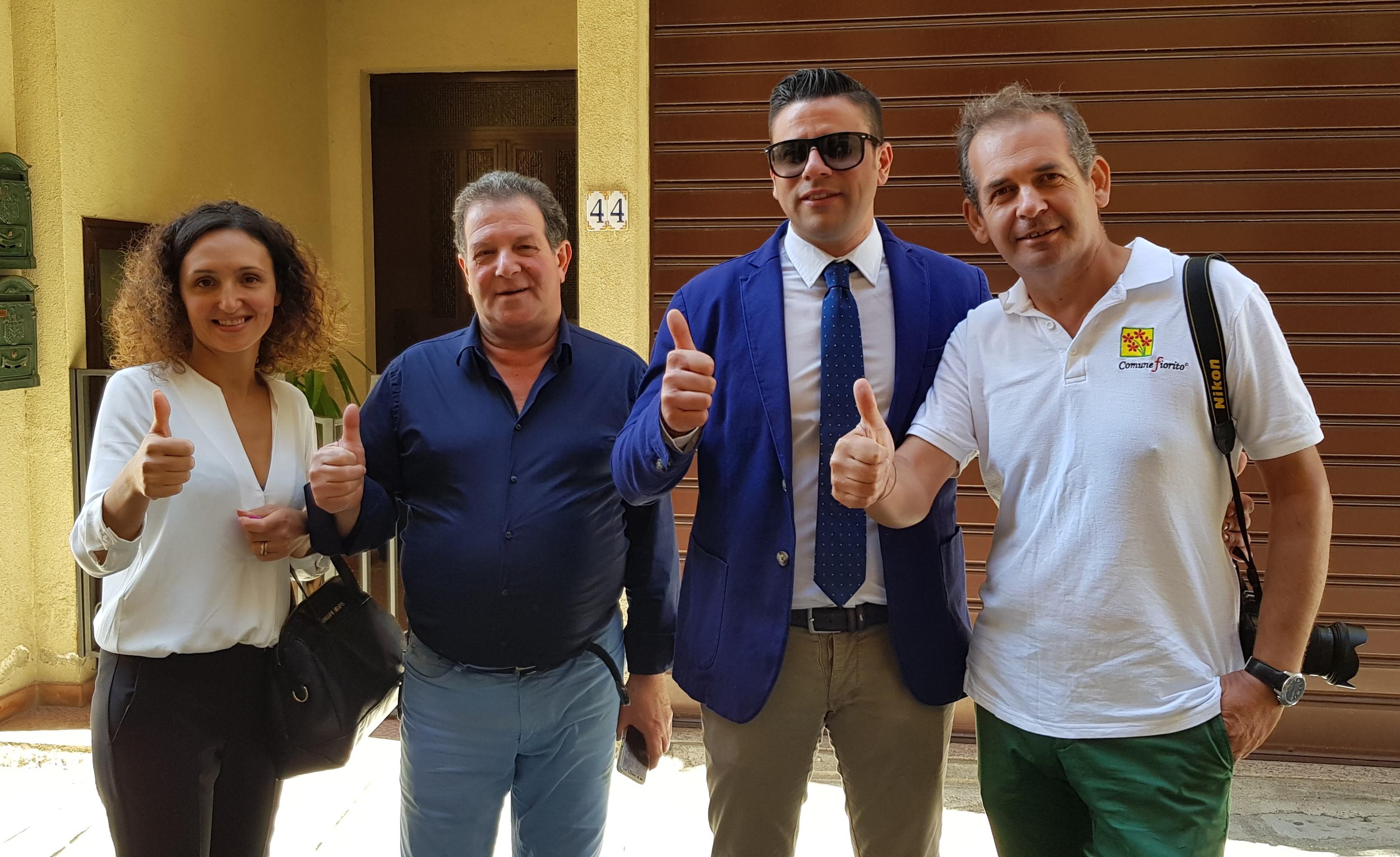 da sx Assessore Alice Casella, Sindaco Vincenzo Crisà, Vice Sindaco Marzullo, Michele Isgrò