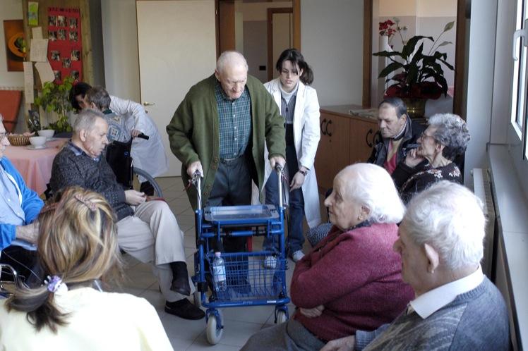 anziani-non-autosufficienti