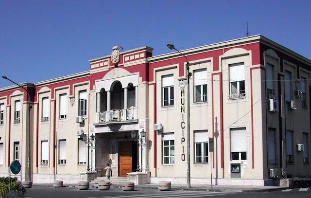 Barcellona_Pozzo_di_Gotto_Il_Municipio