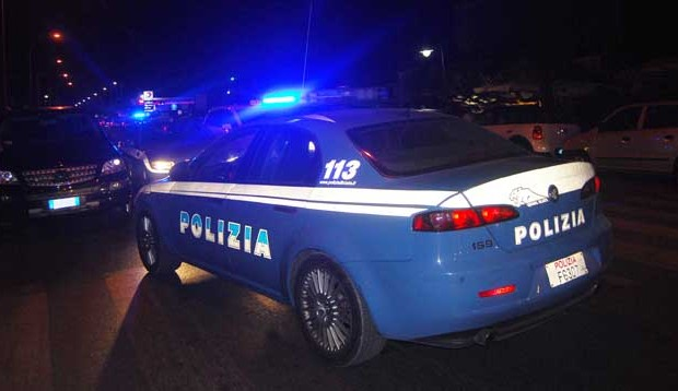 620x358xauto-Polizia-notte630-620x358.jpg.pagespeed.ic.cWfmzWcjRP