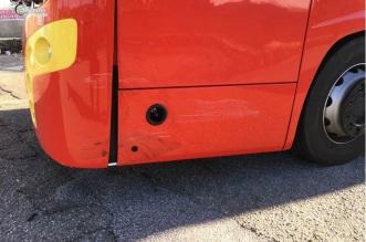 Autobus danneggiato