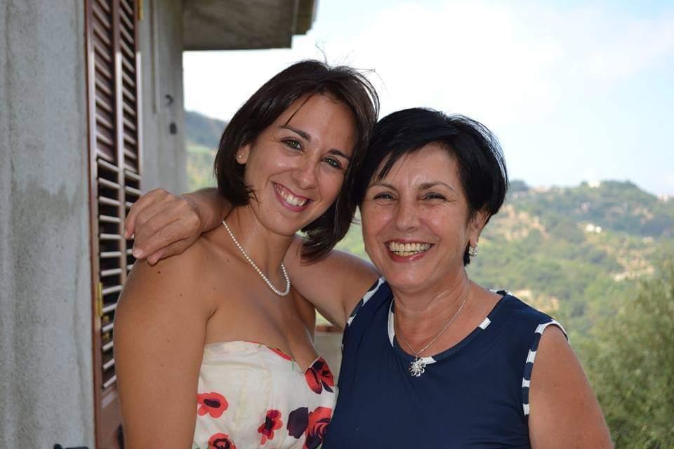 a destra Carmela Luscari