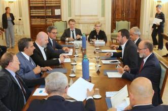 Delegazione_conferenza_regioni_incontra_ministro_Salvini_1