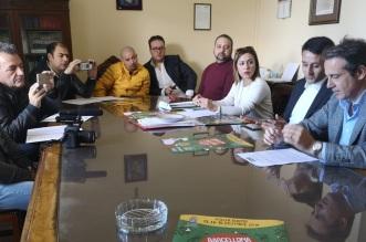 foto tavolo conferenza