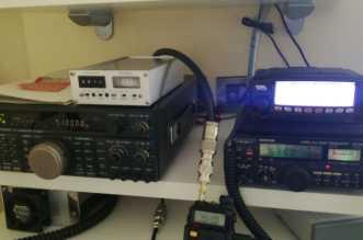 Postazione radio del presidente del Cisar Messina, Stazione It9EJE Calogero Barone attiva 24/24 h.