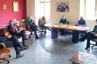 La riunione per programmare la ripresa a Bronte