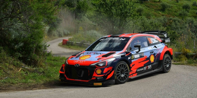 Thierry Neuville, Martijn Wydaeghe (Hyundai I20 Coupe WRC #901)
