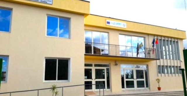 Capo d'Orlando - Scuola  - Via Torrente Forno n. 58